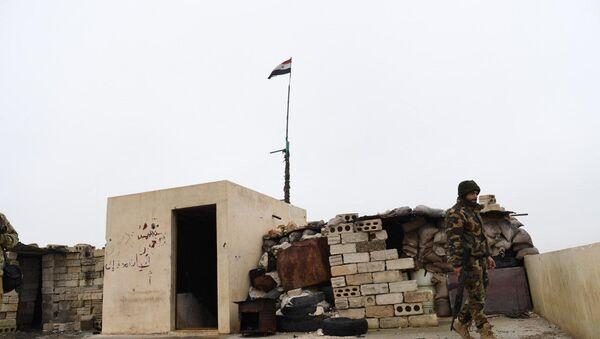 Forces syriennes déployées dans la zone de Manbij - Sputnik France