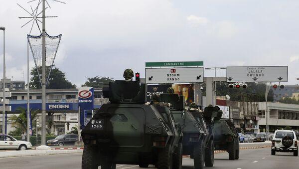 Military Armoured Vehicles in Libreville, Gabon, 2016 - Sputnik France