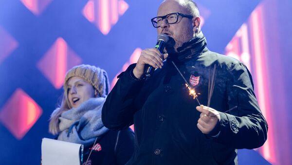 Le maire de Gdansk Pawel Adamowicz participe à un concert caritatif (13 janvier 2019) - Sputnik France
