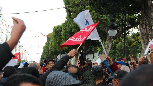 Les Tunisiens célèbrent les 8 ans de la Révolution - Sputnik France