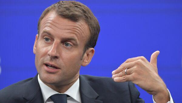 Der französische Präsident Emmanuel Macron nimmt an dem Internationalen Wirtschaftsforum in Sankt Petersburg teil - Sputnik France