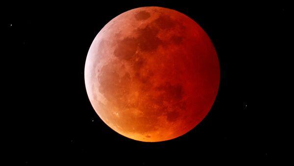 L'éclipse de la Lune de sang dans différents pays - Sputnik France