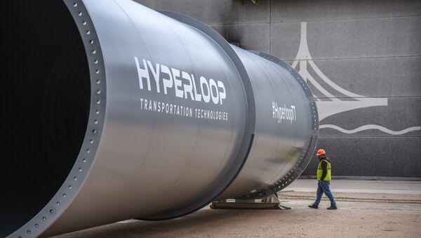 Tubes de la piste expérimentale d'Hyperloop Transportation Technologies (HTT) à Toulouse - Sputnik France
