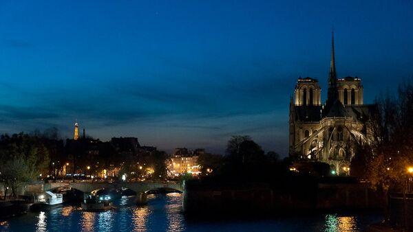 Notre-Dame de Paris (image d'archive) - Sputnik France