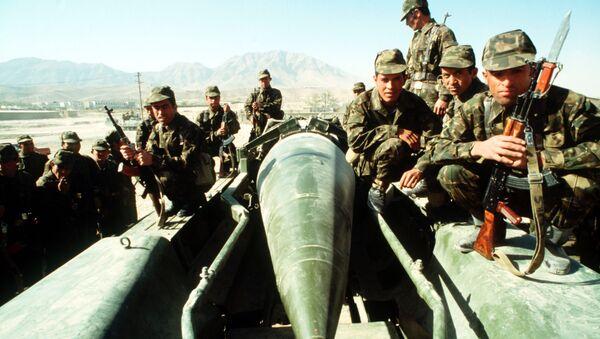 Des militaires soviétiques en Afghanistan - Sputnik France
