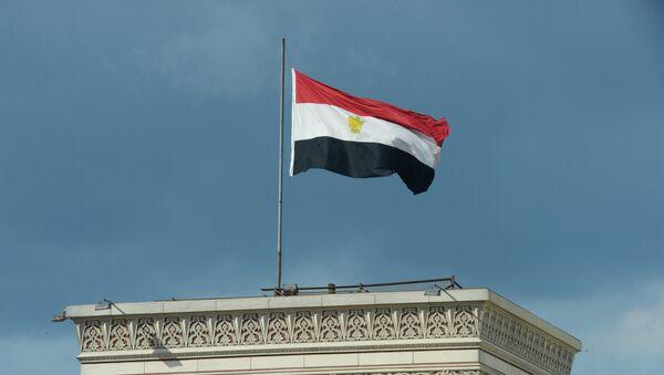 Le drapeau égyptien hissé sur un bâtiment au Caire (archive photo) - Sputnik France