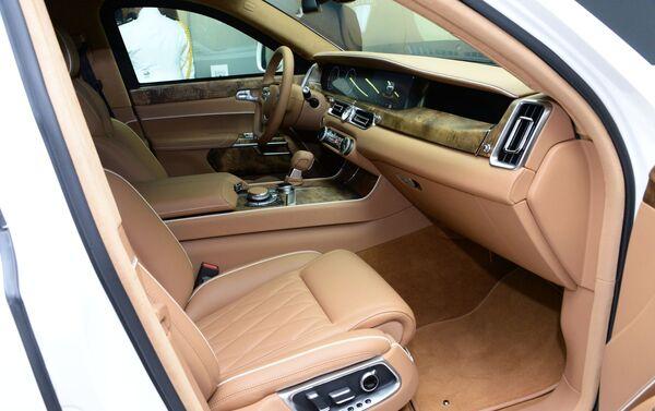 Présentation de la limousine Aurus à Abou Dhabi - Sputnik France