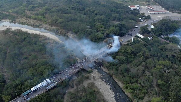 Le pont de Tienditas, qui relie les villes de Cucuta, en Colombie, et Ureña au Venezuela - Sputnik France