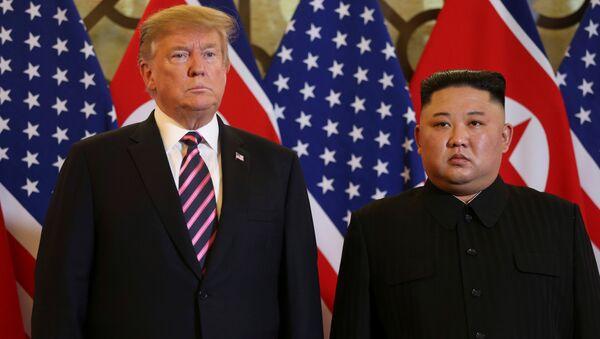 Donald Trump et Kim Jong Un à Hanoï - Sputnik France