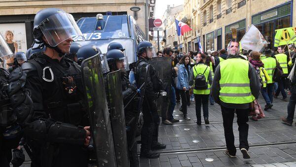Une manifestation des Gilets jaunes - Sputnik France