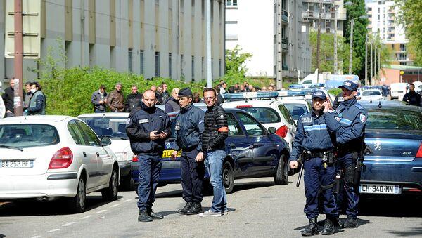 Policiers à Grenoble. Image d'illustration - Sputnik France