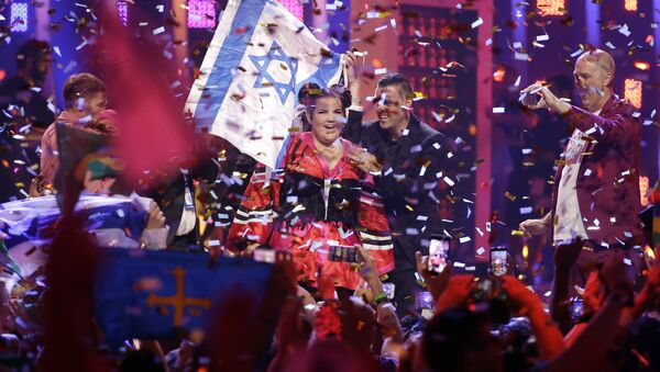 Netta from Israel celebrates after winning the Eurovision Song Contest grand final in Lisbon, Portugal, Saturday, May 12, 2018 - Sputnik France
