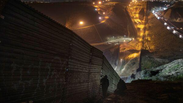 Mur entre les États-Unis et le Mexique - Sputnik France