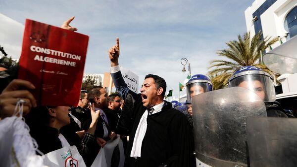 Les manifestations en Algérie 2019 - Sputnik France