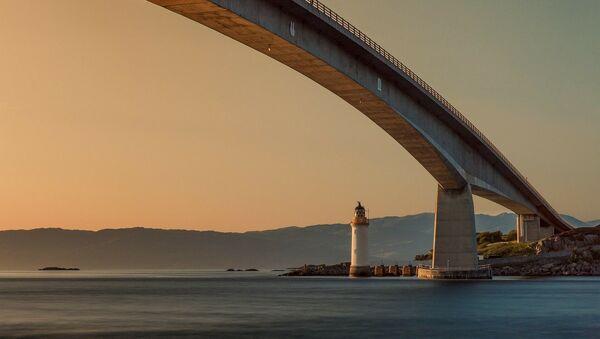 Pont - Sputnik France