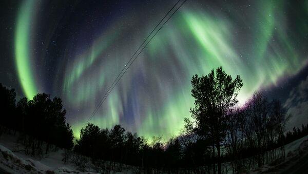 L'aurore boréale dans la région russe de Mourmansk (archive photo) - Sputnik France