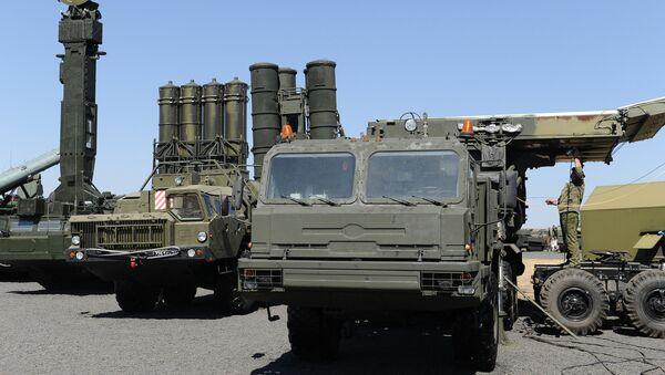 Le système de défense antiaérienne russe S 400 - Sputnik France