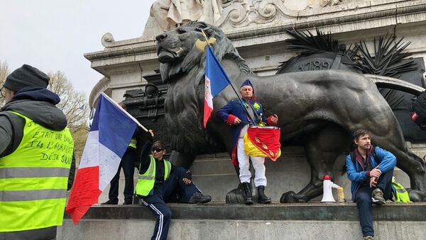 Acte 21 des Gilets jaunes à Paris, le 6 avril 2019 - Sputnik France