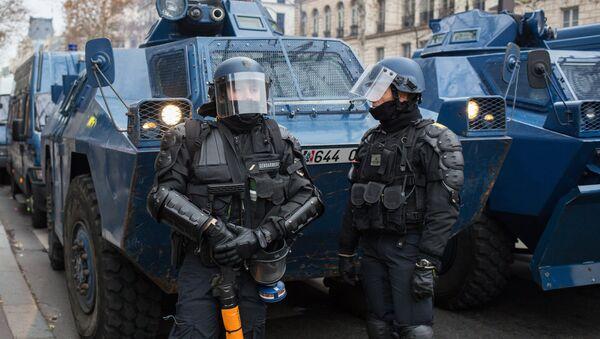 La police française lors d'une manifestation des Gilets jaunes à Paris (archive photo) - Sputnik France