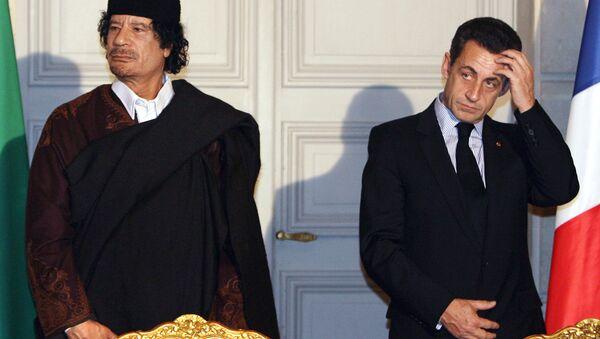 Sarkozy et Kadhafi  - Sputnik France