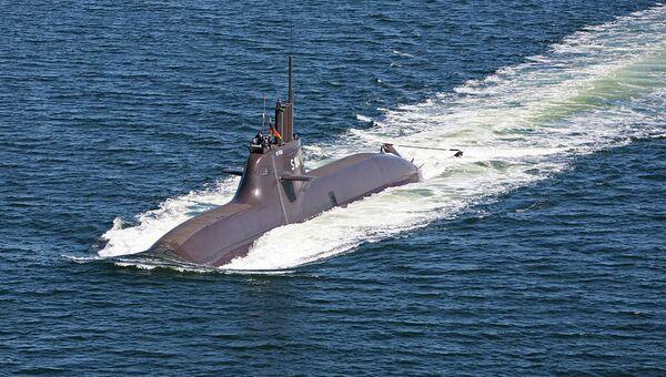 Luftbild vom U-Boot (U 34) der Klasse 212A in Fahrt - Sputnik France