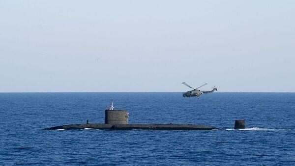 HMS Talent (S92) with Lynx in the Mediterranean Sea - Sputnik France