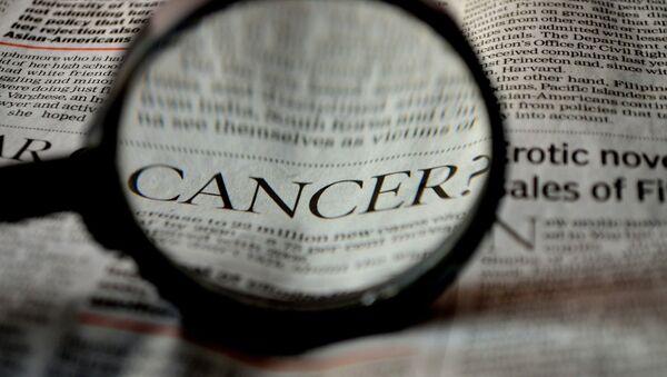 Le mot Cancer dans un journal (image de référence) - Sputnik France
