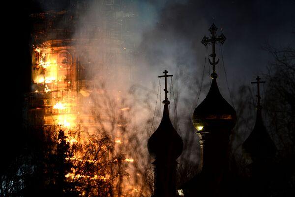 Monuments endommagés par des incendies - Sputnik France