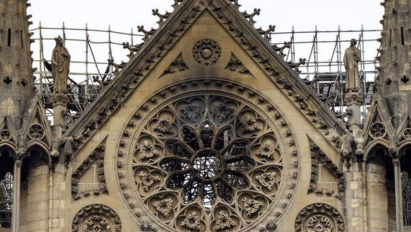 La cathédrale Notre-Dame de Paris après l'incendie du 15 avril 2019 - Sputnik France