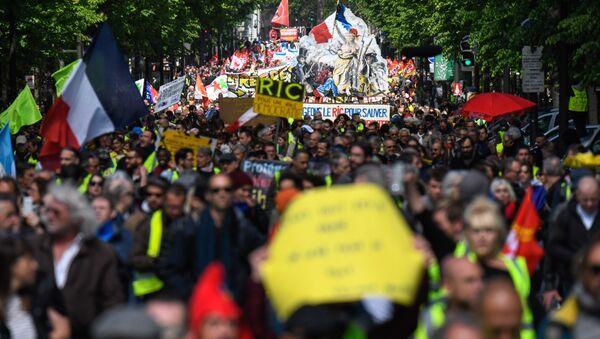 Les Gilets jaunes lors de l'acte 24 à Paris - Sputnik France