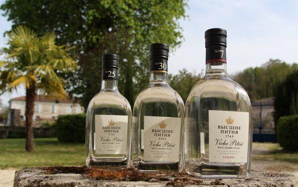 Les vodkas Viche Pitia sont lancés par la société «Maison de la Vodka» issue du partenariat franco-russe - Sputnik France