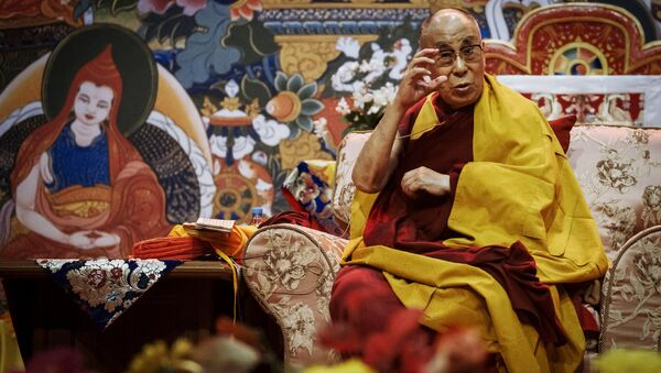 Духовный лидер буддистов Далай-лама XIV проводит в Риге лекцию для жителей стран Балтии и России. - Sputnik France
