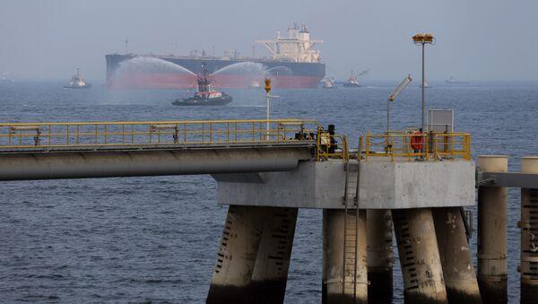 un pétrolier non loin du port de Fujaïrah - Sputnik France