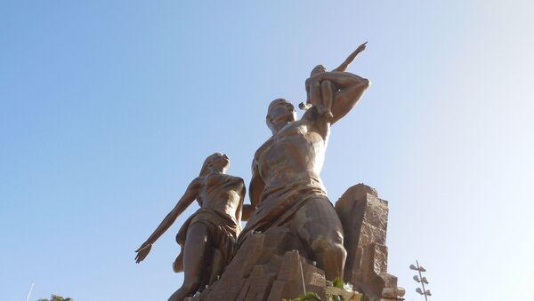 Statue du Monument de la Renaissance Africaine à Dakar - Sputnik France