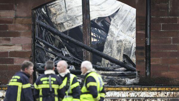 des pompiers après l'incendie qui s'est déclaré à Mulhouse dans la nuit du 18 au 19 mai - Sputnik France
