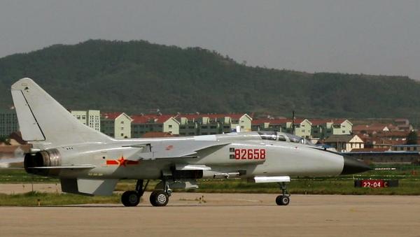 Un JH-7 de l'aéronautique navale de la marine de l'armée populaire de libération à terre - Sputnik France