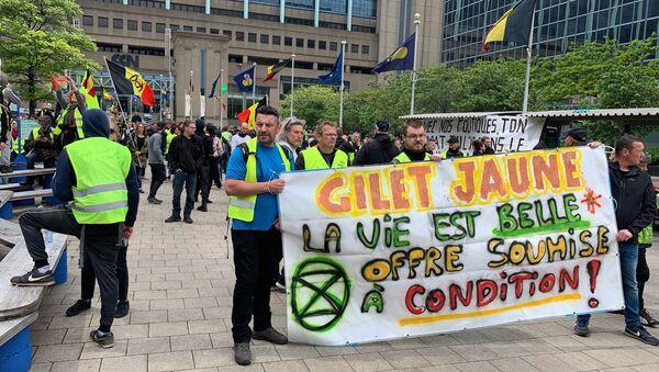 Une manifestation des Gilets jaunes à Bruxelles - Sputnik France