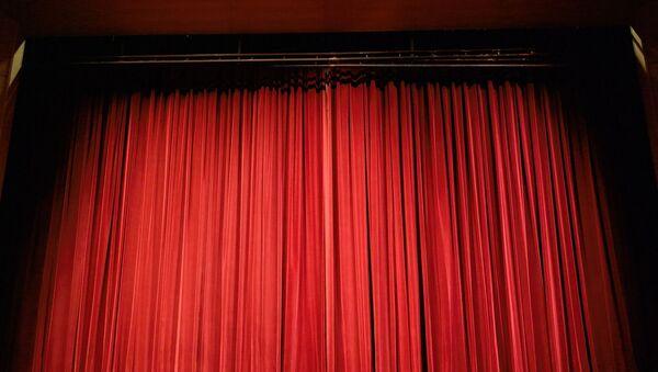rideau rouge théâtre - Sputnik France