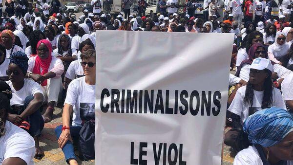 À la manifestation, le 25 mai 2019 à Dakar contre le viol et les violences faites aux femmes au Sénégal. - Sputnik France