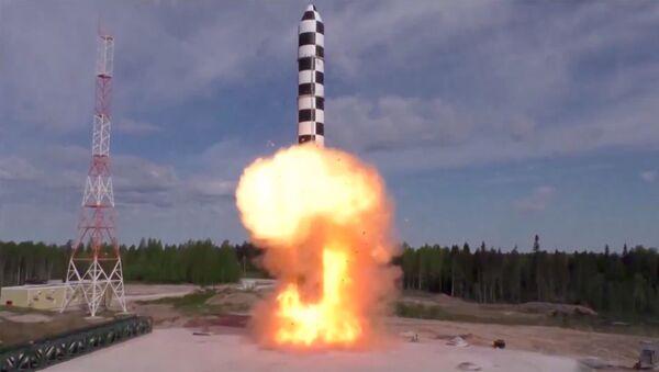 Un essai du système de missile russe Sarmat - Sputnik France