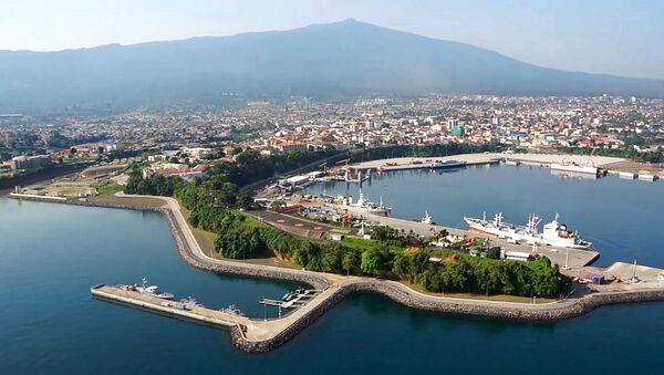 La vue du grand port de la Guinée Equatoriale menant au capitale Malabo - Sputnik France