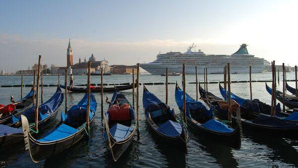 Venice and a cruise ship - Sputnik France