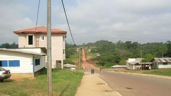 Une vue du quartier Cincuentas Viviendas, en périphérie d'Ebibeyin, Guinée équatoriale - Sputnik France