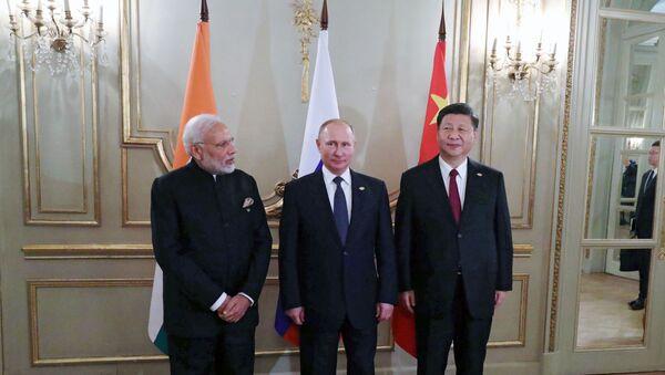 Les dirigeants indien, russe et chinois - Sputnik France