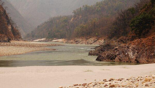 A beach on the banks of Ganges, Rishikesh. - Sputnik France