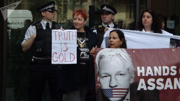 Julian Assange supporters. London. 14.06.2019 - Sputnik France