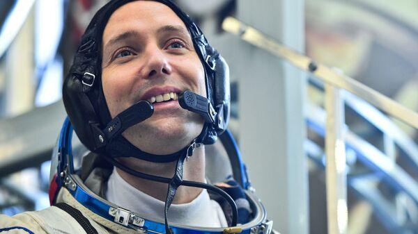 Комплексные тренировки экипажей МКС-48/49. День первый - Sputnik France