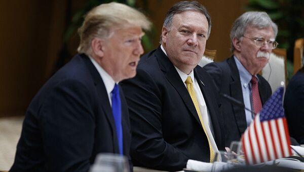 Donald Trump, Mike Pompeo et John Bolton - Sputnik France
