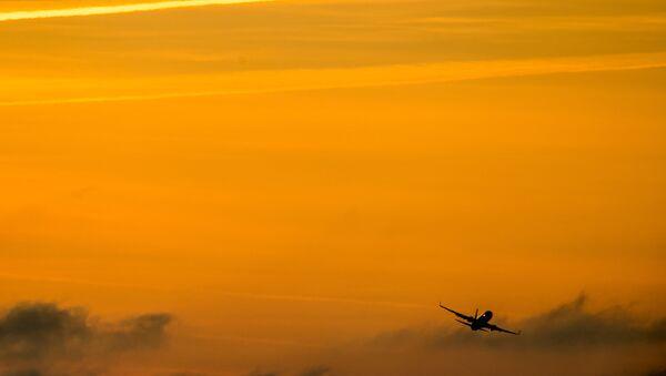 Boeing 737 (File) - Sputnik France