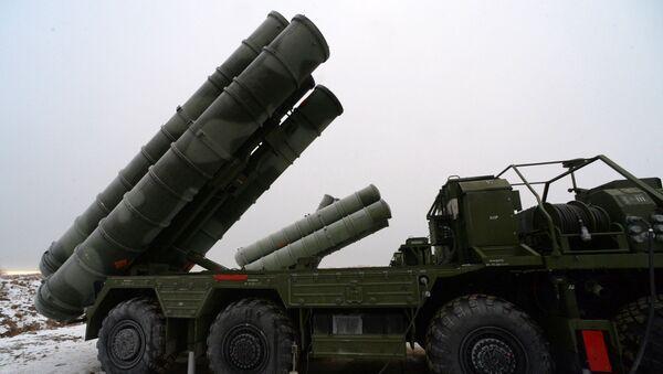 Зенитные ракетные комплексы С-400 Триумф. Архивное фото - Sputnik France